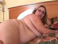 Chubby granny seduces man in bed