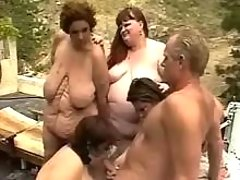 Fat mature gets cum in orgy otudoor