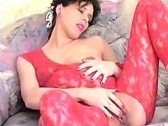 Cute sexy pregnant babe masturbates