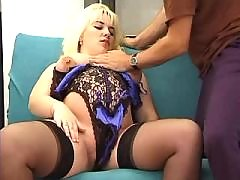 Pregnant blonde spoils horny man