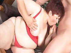 Fat mature pussy gets slammed