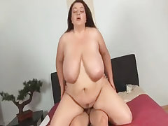 Chubby mom going naughty