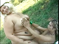 Obese woman fucks outdoors for food
