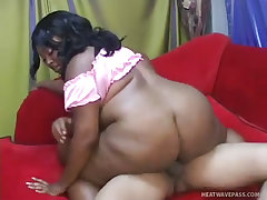 Lady finess has her black ass fucked